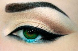 comment-faire-un-trait-eye-liner-parfait