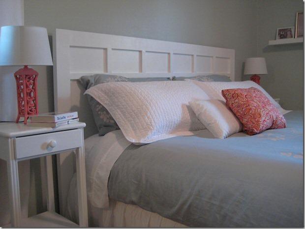 Faites votre propre collage de planches sur du contreplaqué si vous avez un lit aux dimensions hors normes