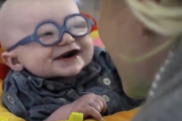 asset-version-680c14b407-2016-04-08-11_39_18-baby-smiles-in-delight-at-seeing-his-mother-for-the-first-time-youtube