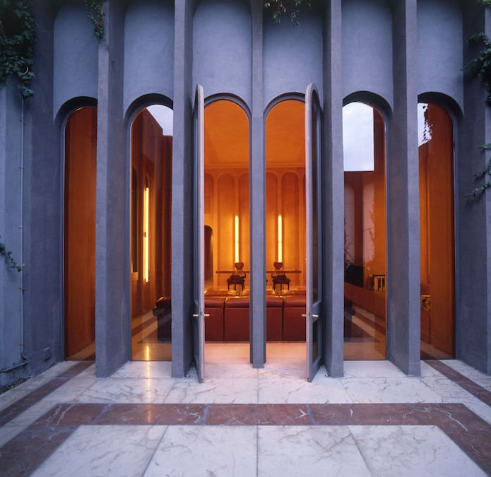 Cet architecte crée sa maison dans une cimenterie abandonnée...le résultat est époustouflant 3