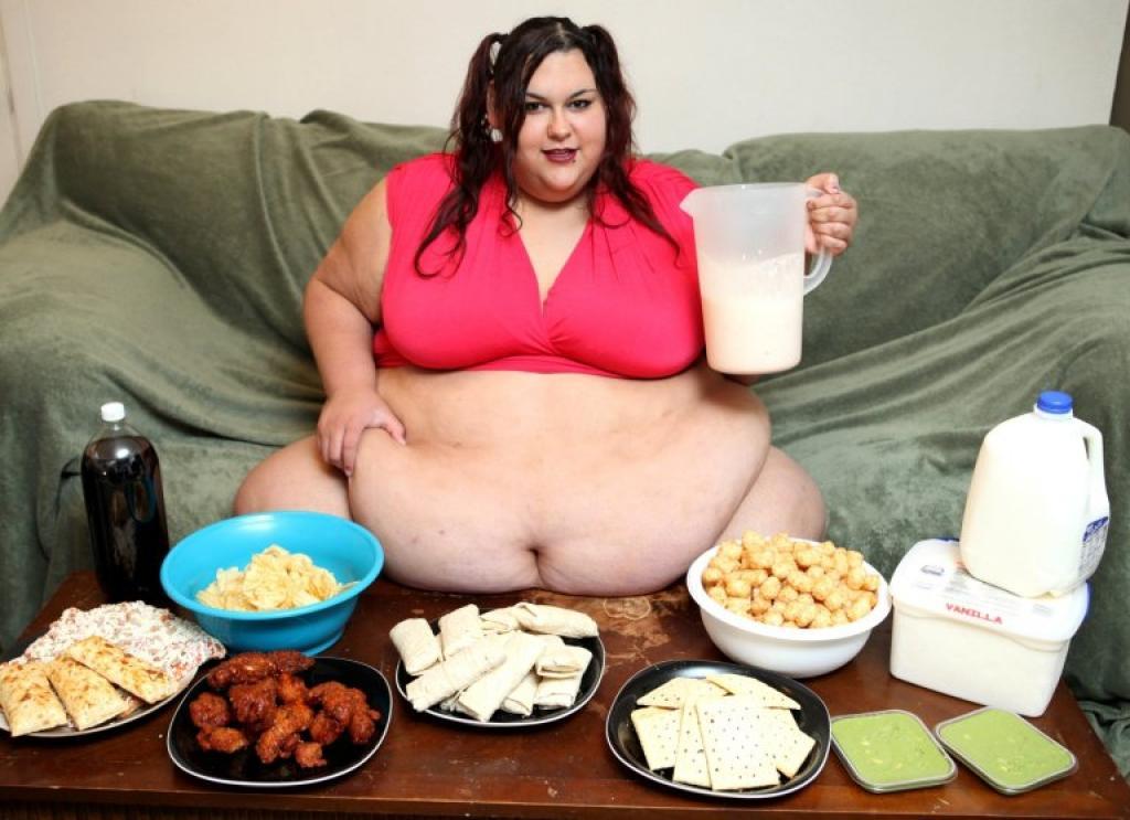 Elle désire grossir pour ne plus avoir à bouger...l'attitude de son mari est quand même troublante 1