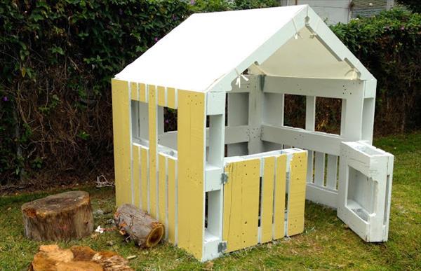 Bevorzugt Voici comment fabriquer une cabane à partir de palettes - Cuisine  NU22