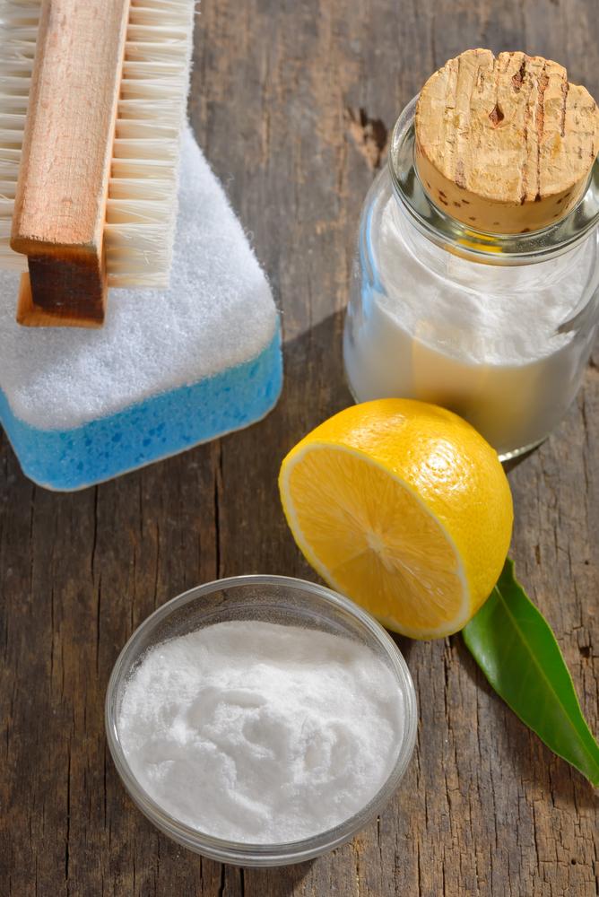 Voici quelques astuces naturelles pour bien nettoyer les joints de carrelage - Bicarbonate de soude pour nettoyer les joints de carrelage ...