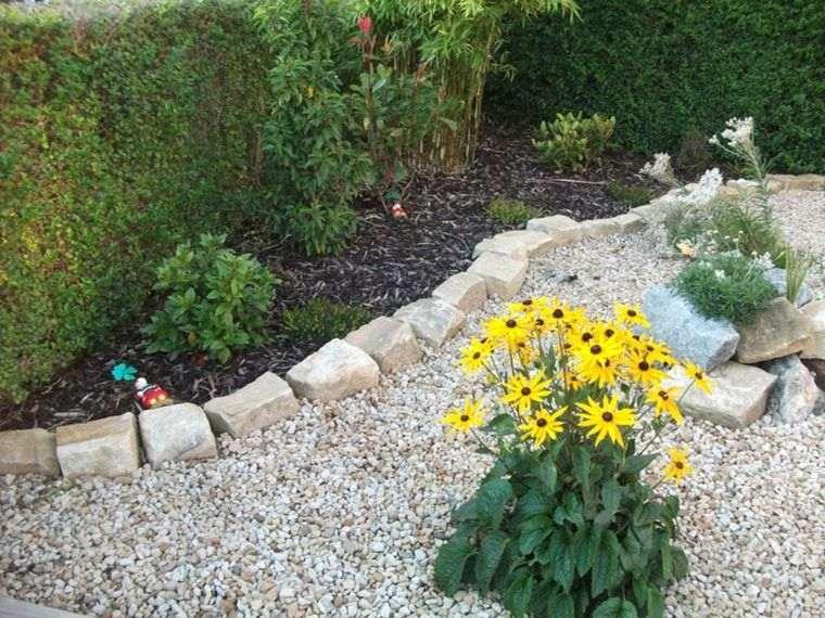 le gravier d coratif un mat riau tr s tendance pour l 39 am nagement de votre jardin moderne. Black Bedroom Furniture Sets. Home Design Ideas